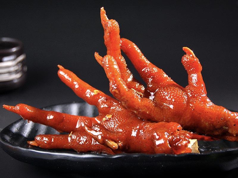 黑膳鸭特色卤味-鸡爪